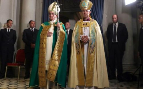 Pope Francis (left) and the Archbishop of Canterbury Justin Welby wearing their best dresses.