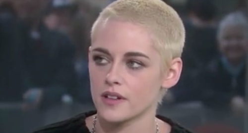 Kristen Stewart glad her coming out has made headlines