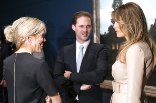 Why this photo of political spouses and partners is making waves