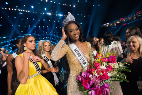 Miss USA's 5 finalists named in Las Vegas