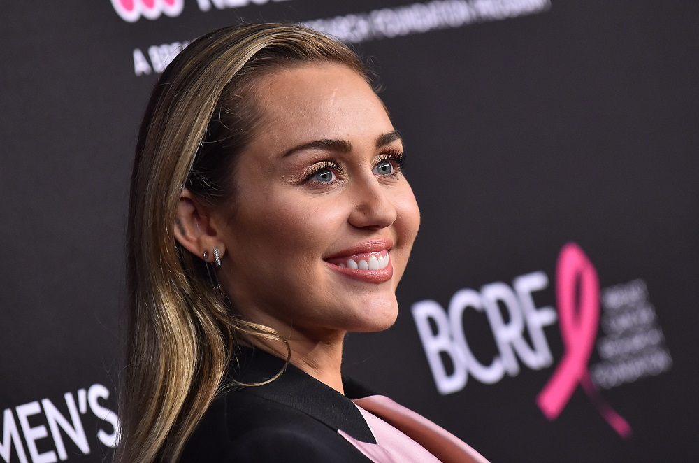 "Miley Cyrus arrives to ""An Unforgettable Evening"" on February 28, 2019 in Hollywood, CA"