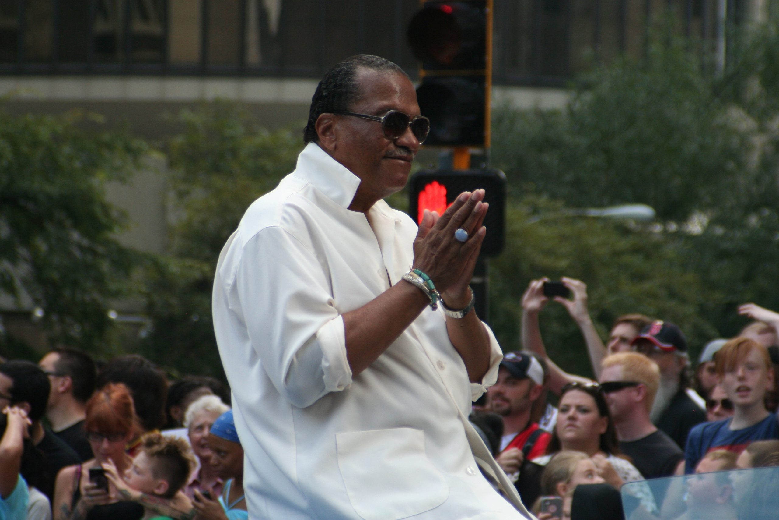 Billy Dee Williams identifies as gender fluid, reveals acceptance of multiple pronouns