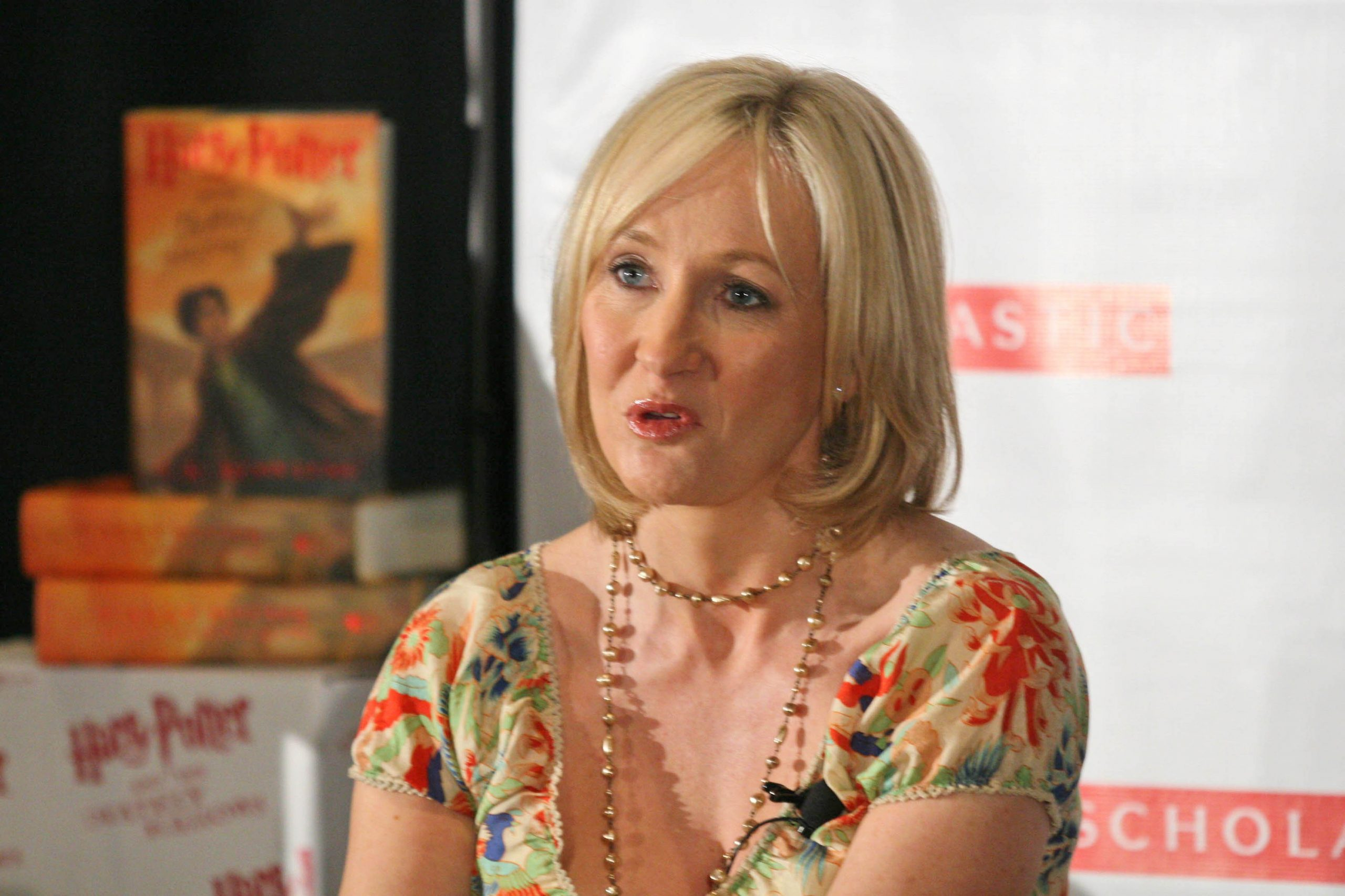 """J.K. Rowling claims she's been sent hundreds of rape & """"assassination"""" threats by trans activists"""