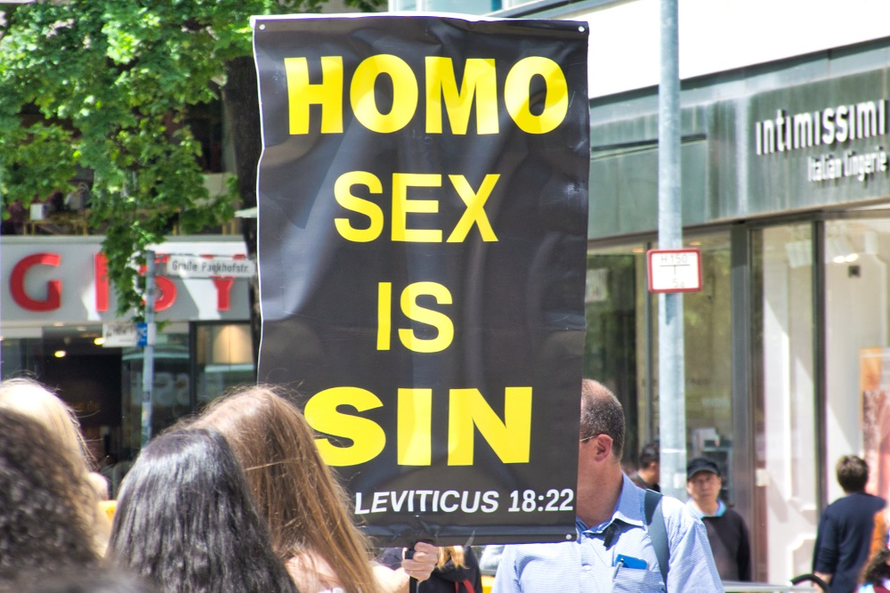 """A Christian group protests Pride in Hannover, Germany that says """"HOMO SEX IS SIN"""""""