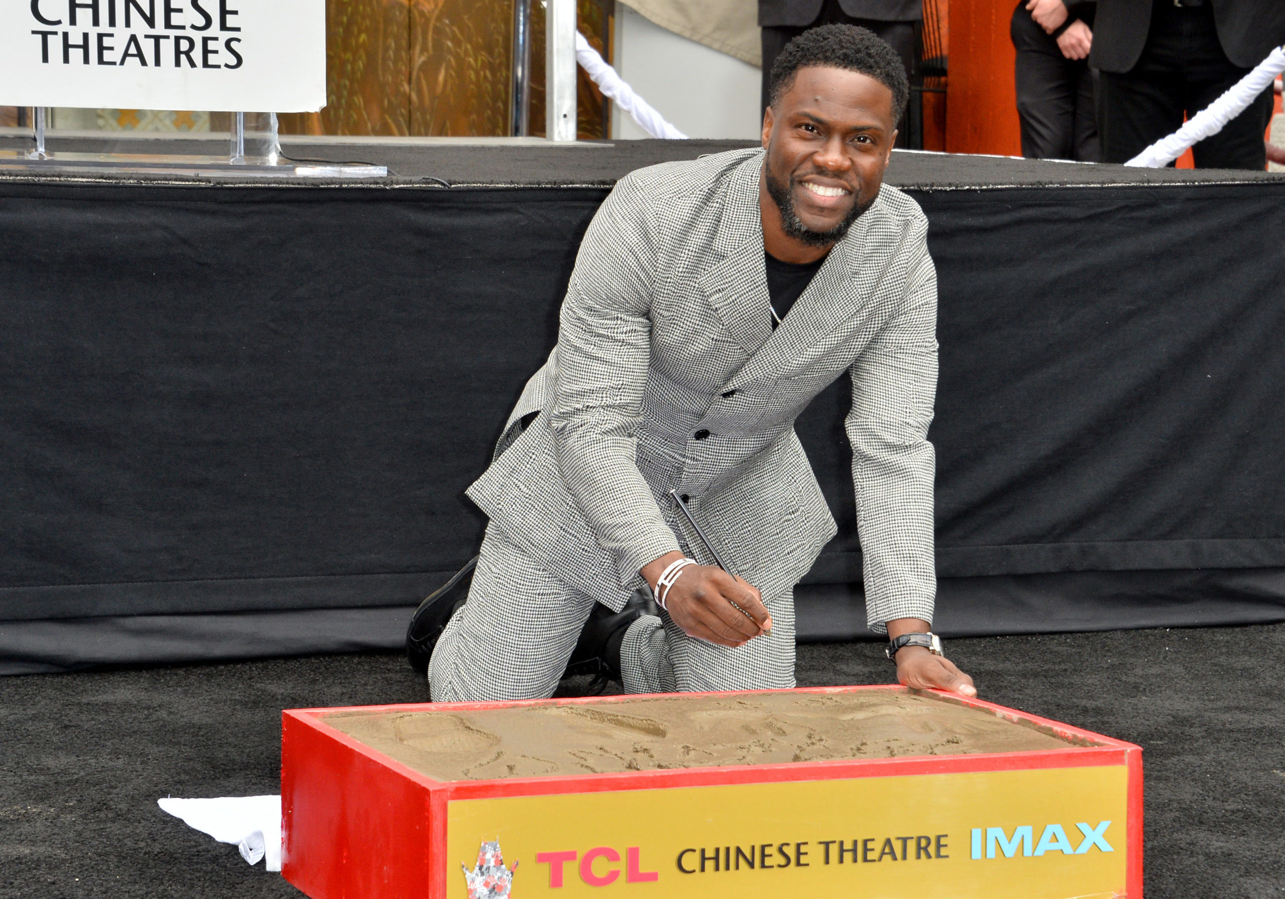 LOS ANGELES, USA. December 10, 2019: Kevin Hart at the handprint & footprint ceremony for Kevin Hart at the TCL Chinese Theatre.