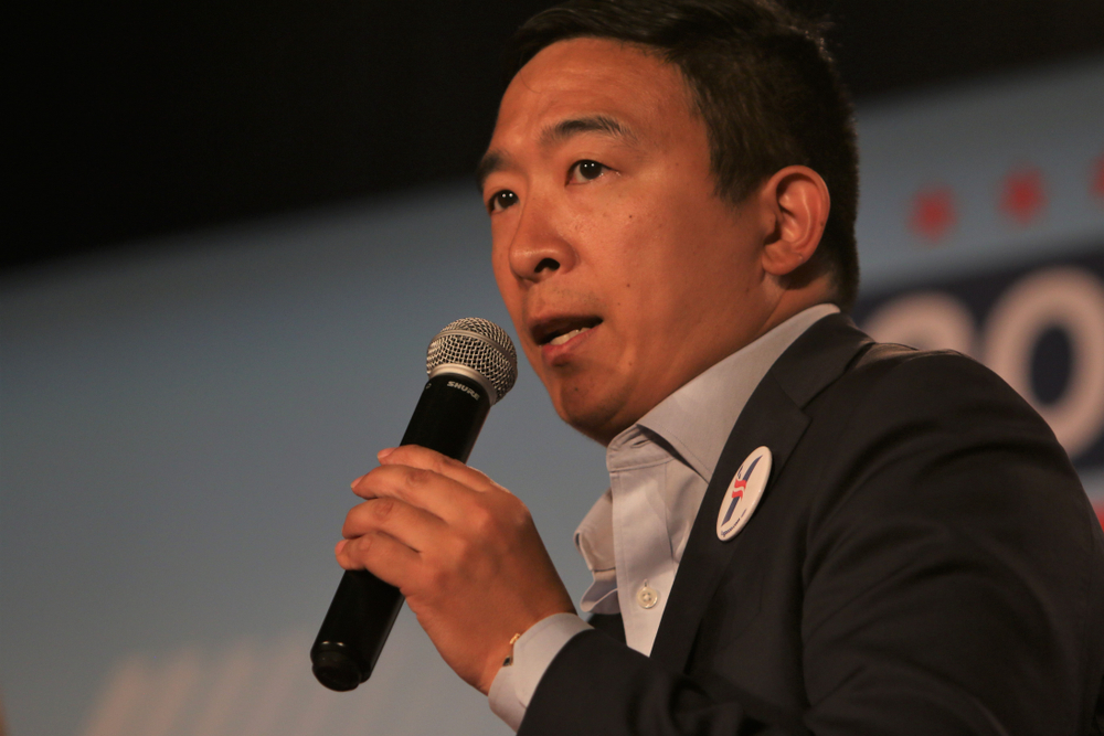 Andrew Yang offends LGBTQ voters with bizarre comments about gay bars & his queer staffers