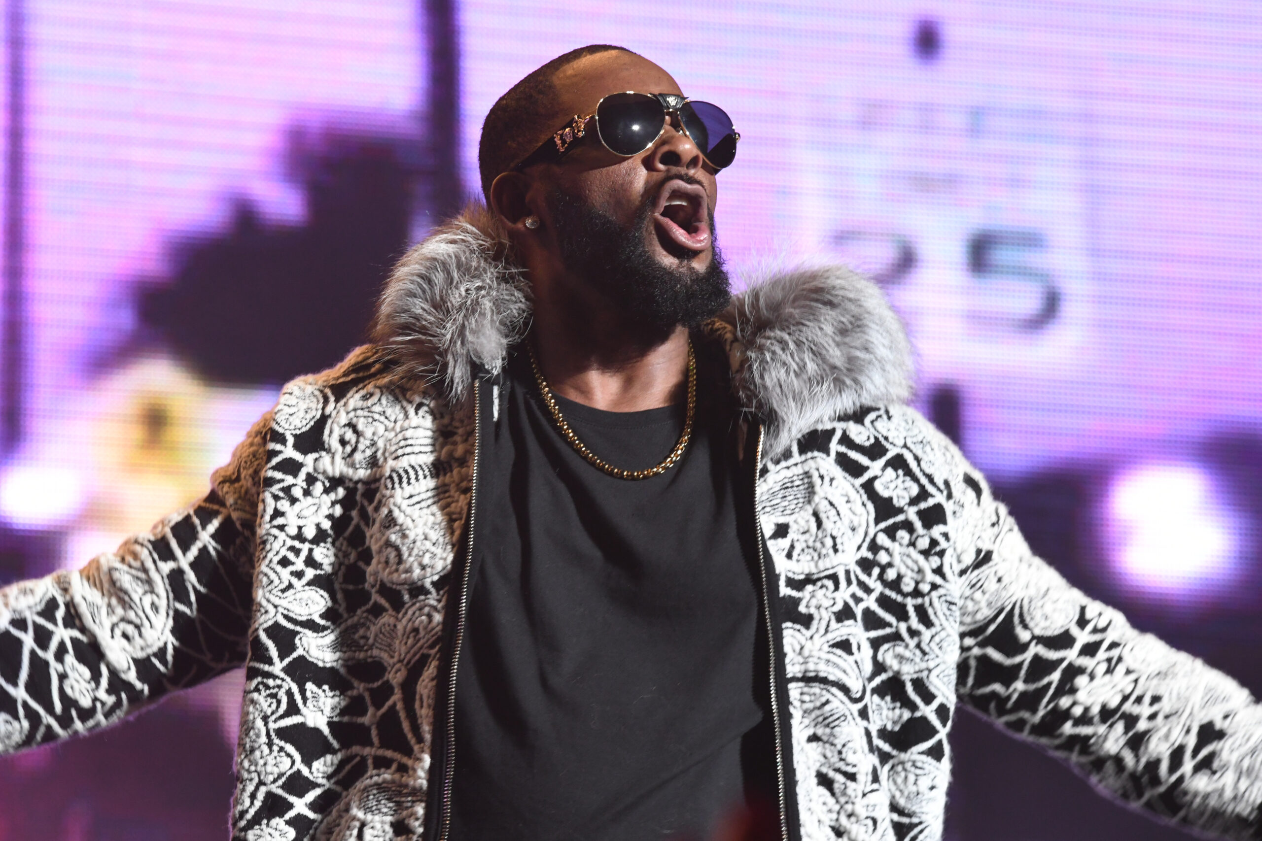 First man testifies that R. Kelly sexually assaulted him multiple times