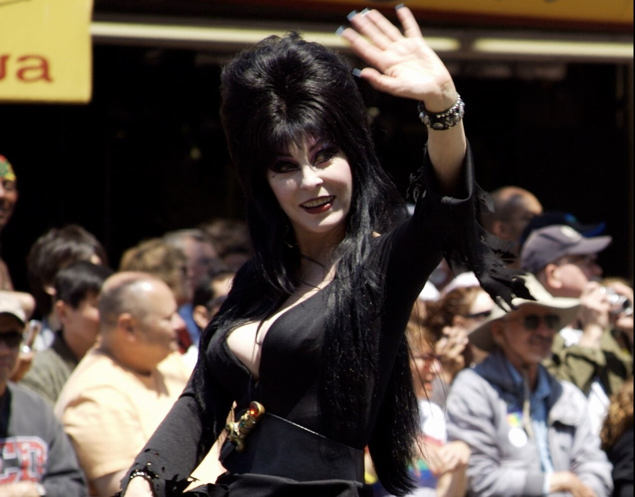 Elvira comes out & discusses 19-year relationship with a woman in new memoir